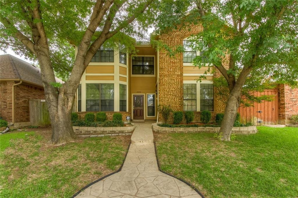 2208 Arbor Creek Drive, Carrollton, TX 75010