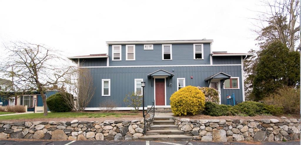 203-209 N Fenner AV, Unit#2, Middletown, RI 02842