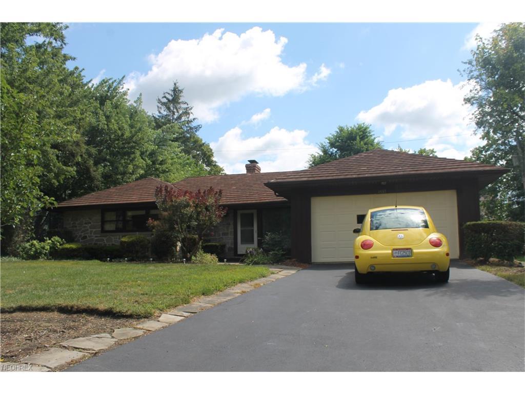 2633 Brentwood Rd, Beachwood, OH 44122