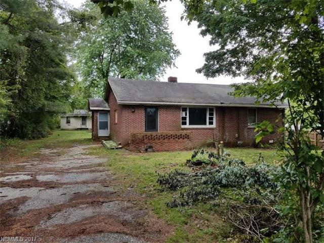 2 homes for the price of One!  Perfect for the investor or rehabber.  House in front is 106 & back house is 104. Nice flat lot with convenient location close to shopping. Seller will make no repairs.  Houses being sold as is.