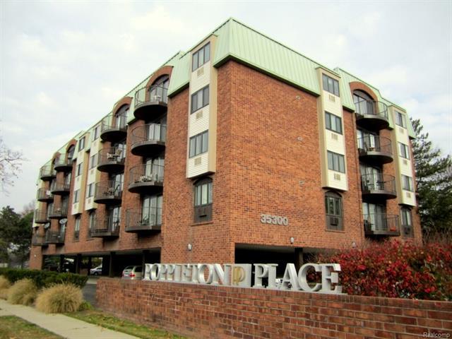 35300 WOODWARD AVE, Birmingham, MI 48009