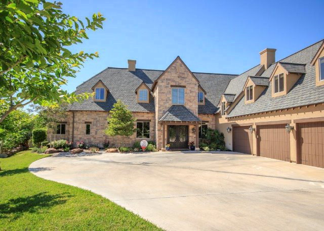 17 Meadow View, Victoria, TX 77904