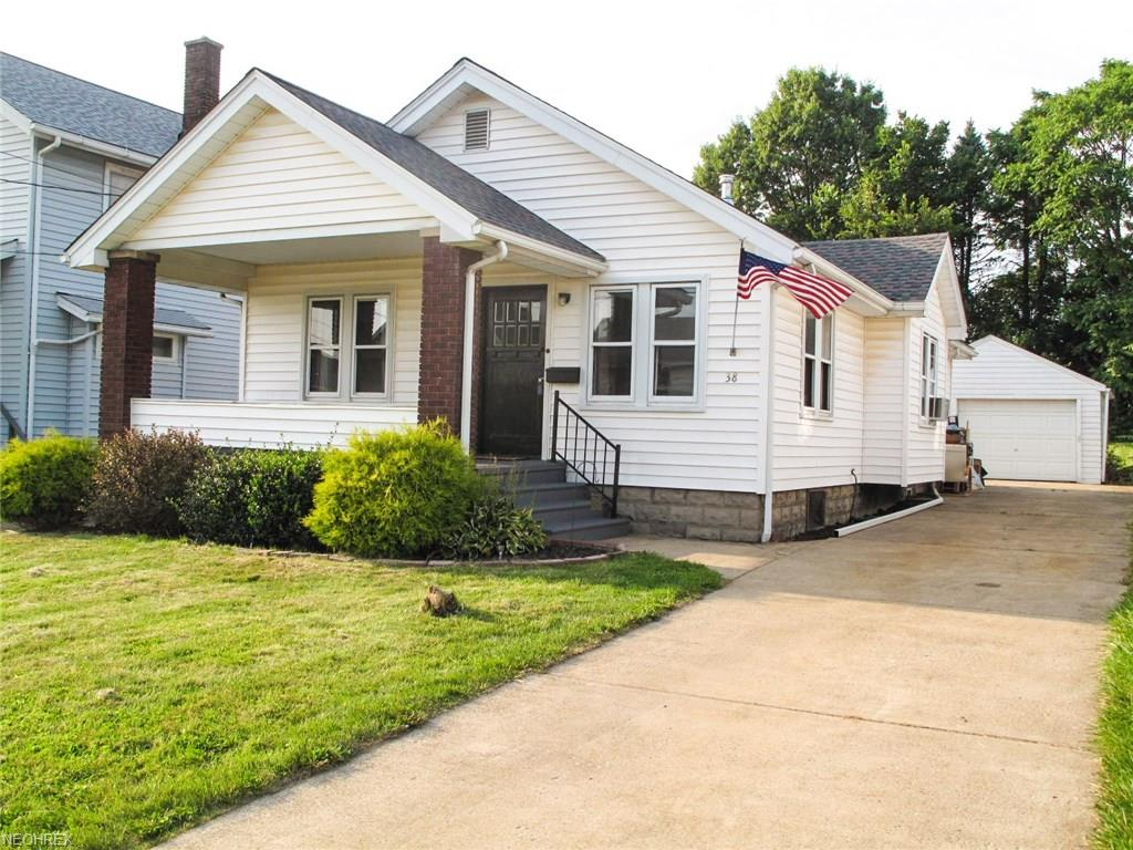 38 Townsend Ave, Girard, OH 44420