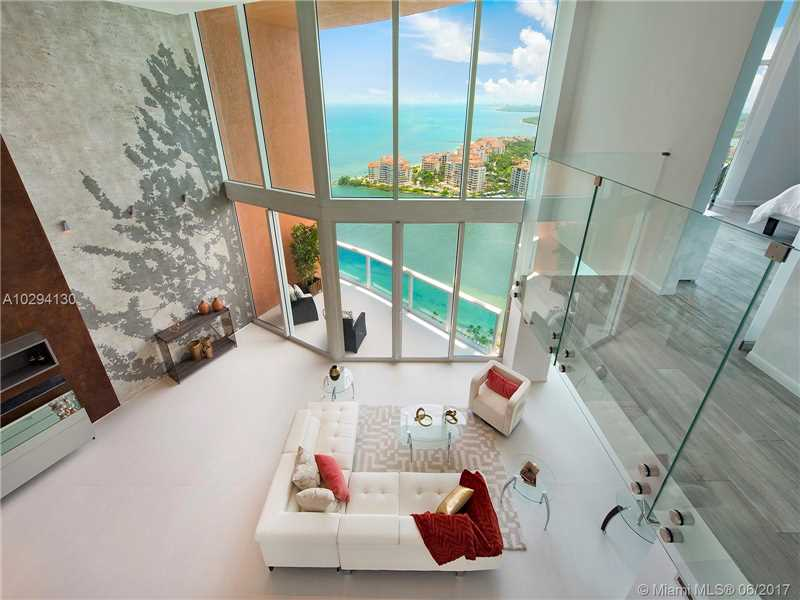 300 S Pointe Dr LP4004, Miami Beach, FL 33139