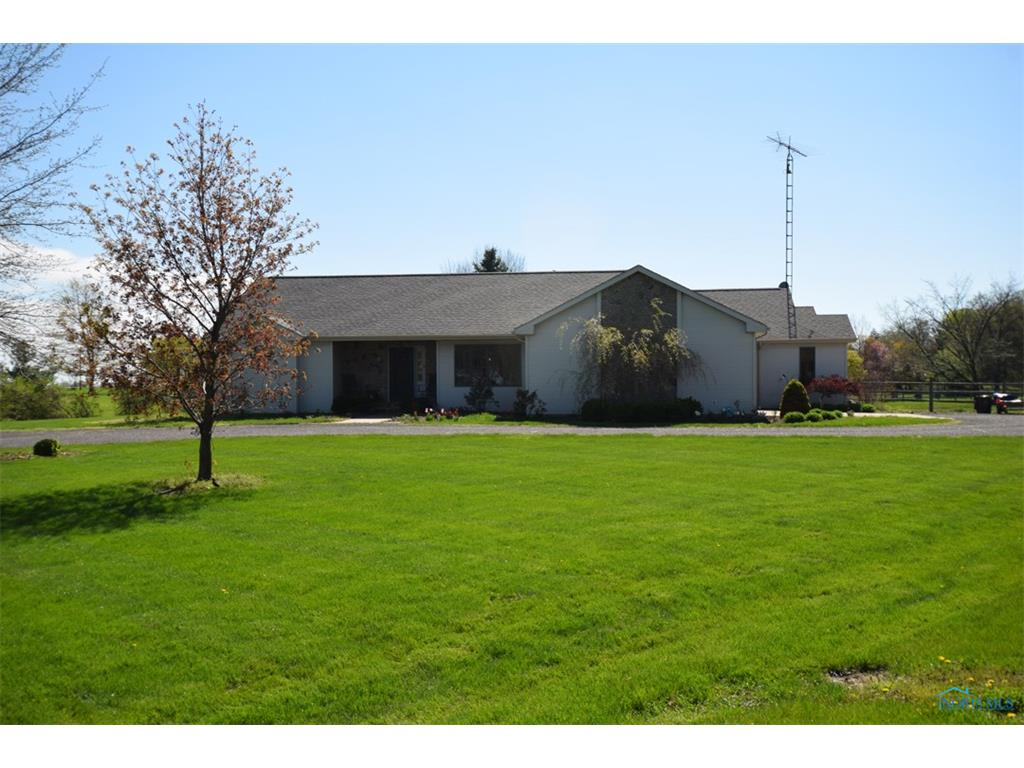 862 S Shoop Avenue, Wauseon, OH 43567