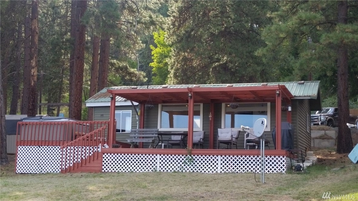 61 West Fork Rd, Conconully, WA 98819