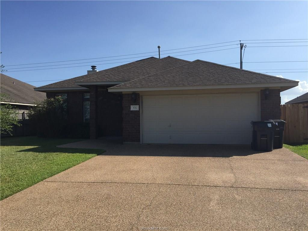 3712 Dove Hollow Lane, College Station, TX 77845
