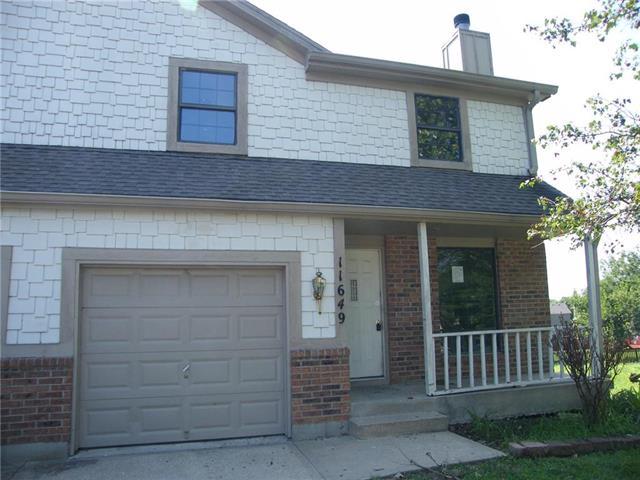 11649 Garnett Street, Overland Park, KS 66210
