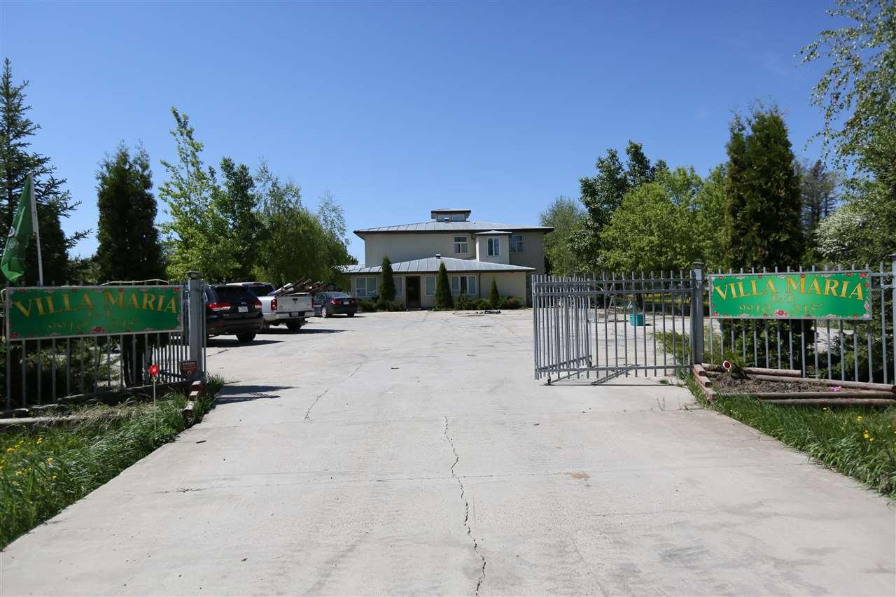 9910 213 Street, Edmonton, AB T5T 5X9