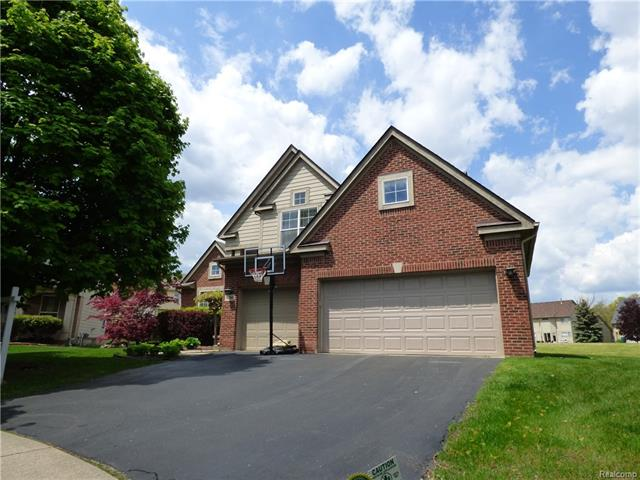4642 LILLY CRT, West Bloomfield Twp, MI 48323