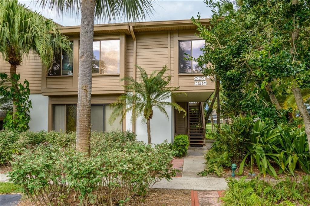 253 NE Edgewater Drive 253, Stuart, FL 34996
