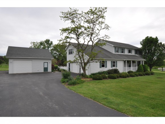 7 W Meadow Drive, Lansing, NY 14850