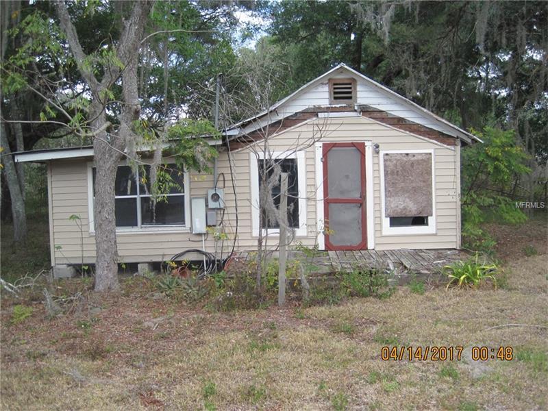 70 W PINE STREET, CENTER HILL, FL 33514
