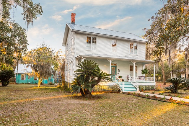 303 W Second Street, Darien, GA 31305