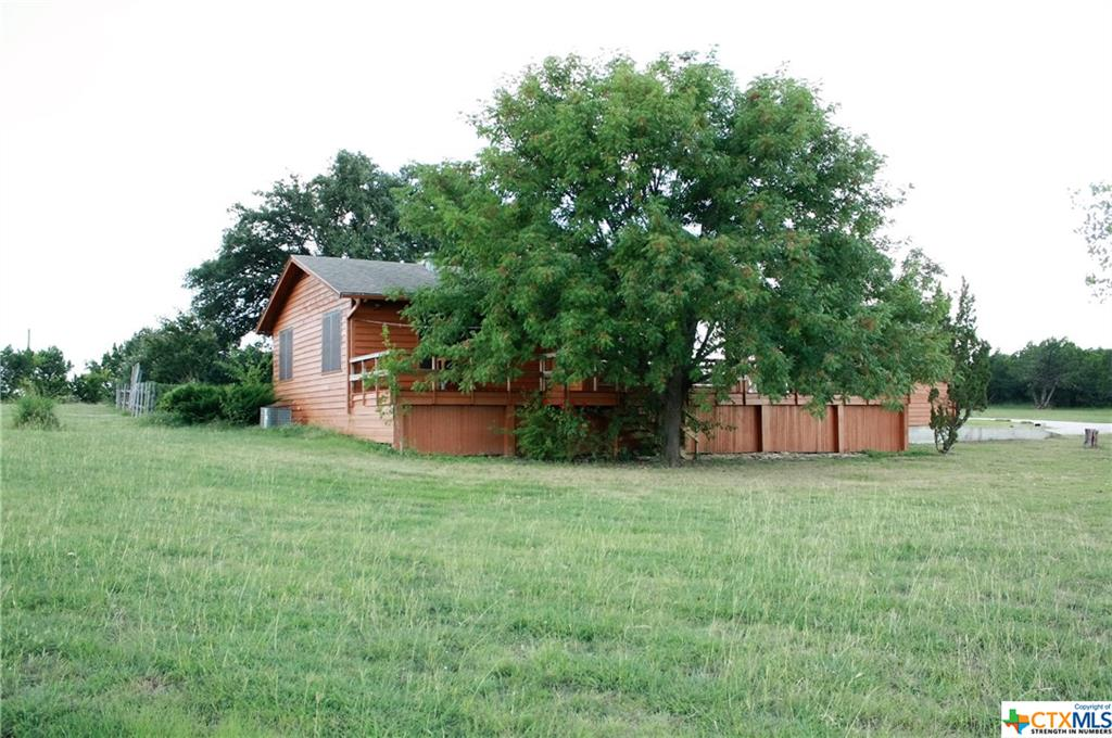 2271 Hay Valley Road, Gatesville, TX 76528