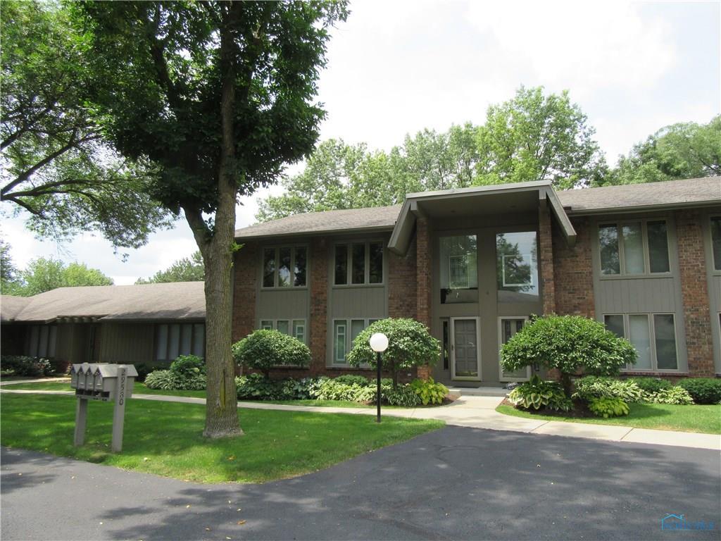 29580 Gleneagles Road, Perrysburg, OH 43551