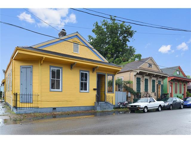 2702 CHIPPEWA Street, New Orleans, LA 70130