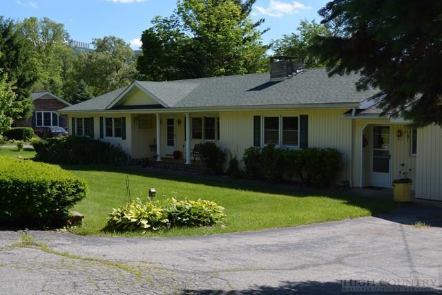 94 Hanging Rock Estates Lane, Banner Elk, NC 28604