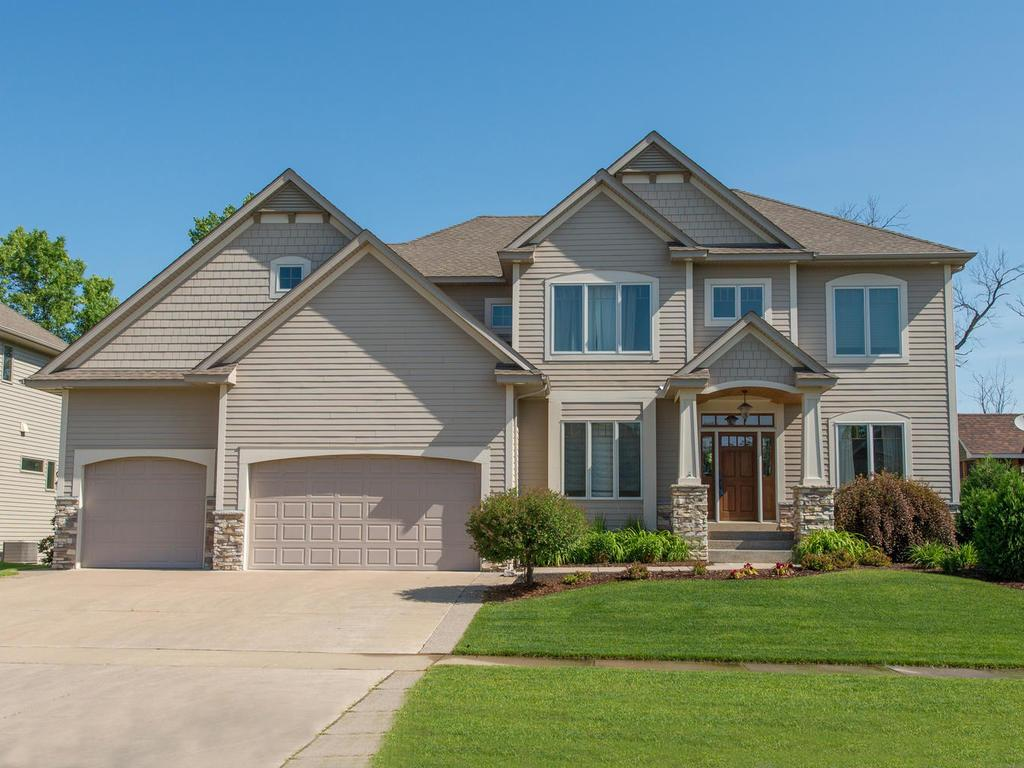 18502 98th Place N, Maple Grove, MN 55311