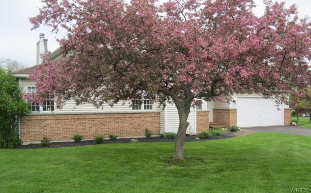63 Southwick Drive, Orchard Park, NY 14127
