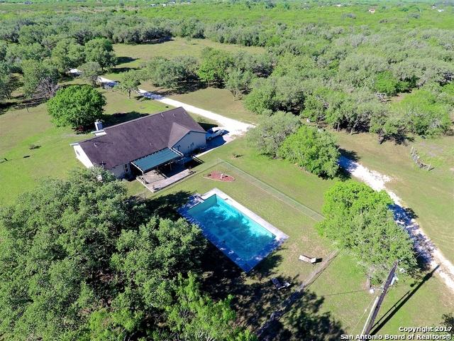 1645 Corrigan Rd., Skidmore, TX 78389