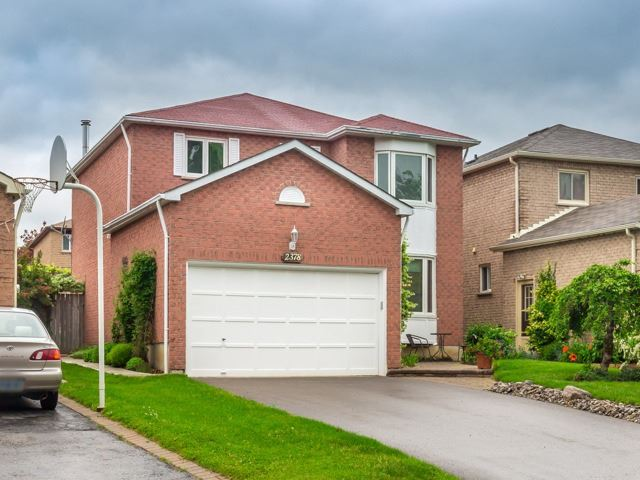 2378 Denvale Dr, Pickering, ON L1X 2H4