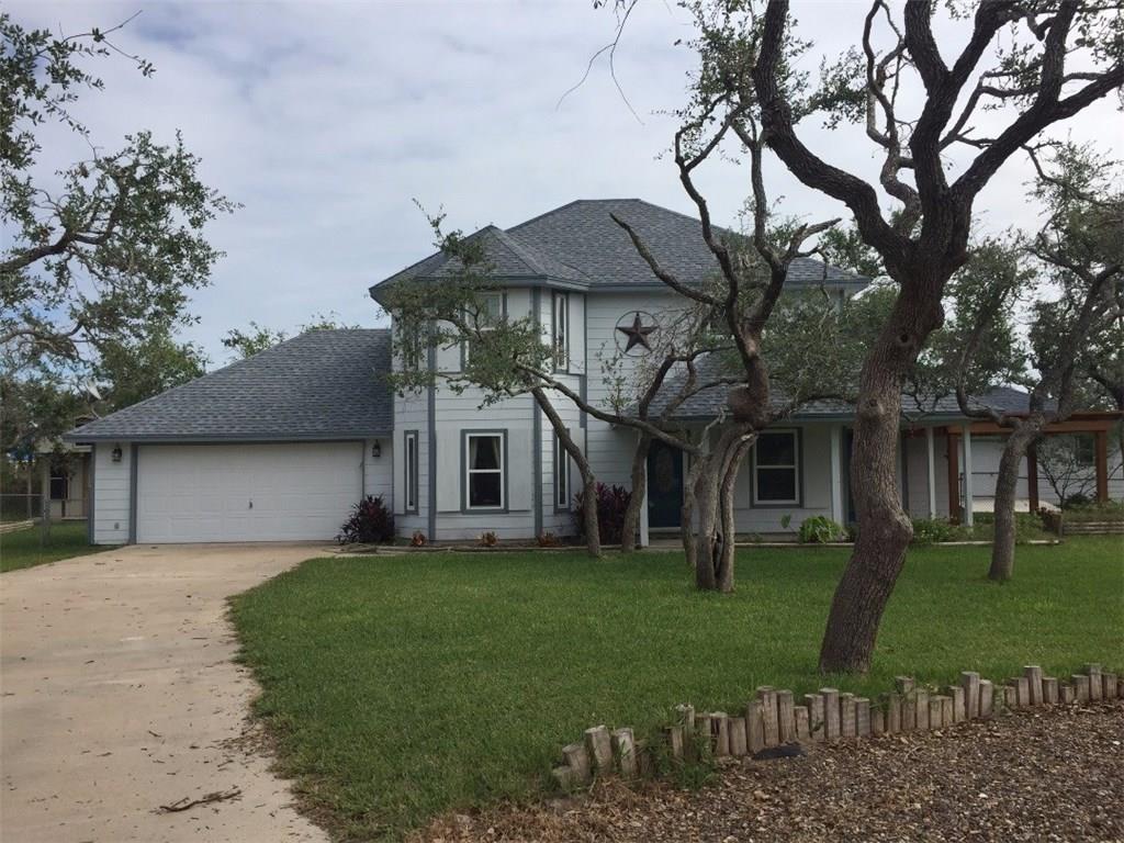 17 Circle Lake Dr, Rockport, TX 78382