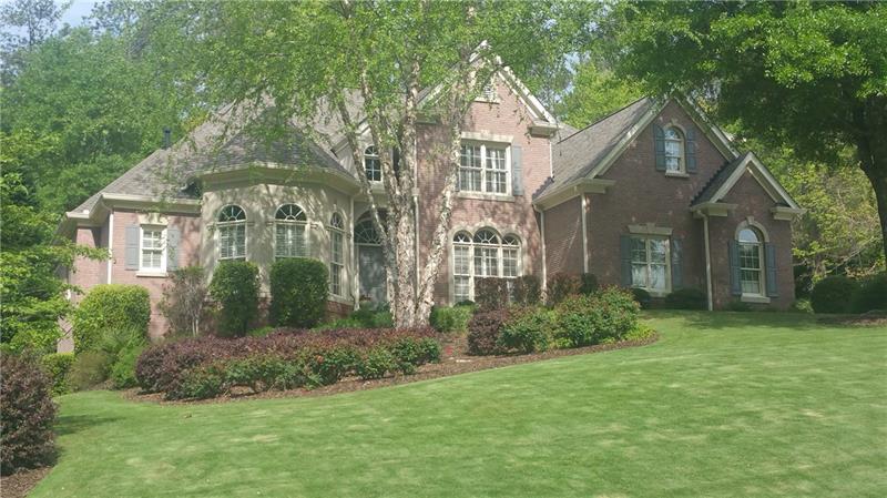 300 Breckenridge Court, Roswell, GA 30075