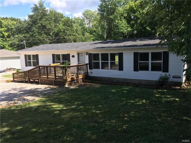 2638 Hillsboro Valley Park Road, High Ridge, MO 63049