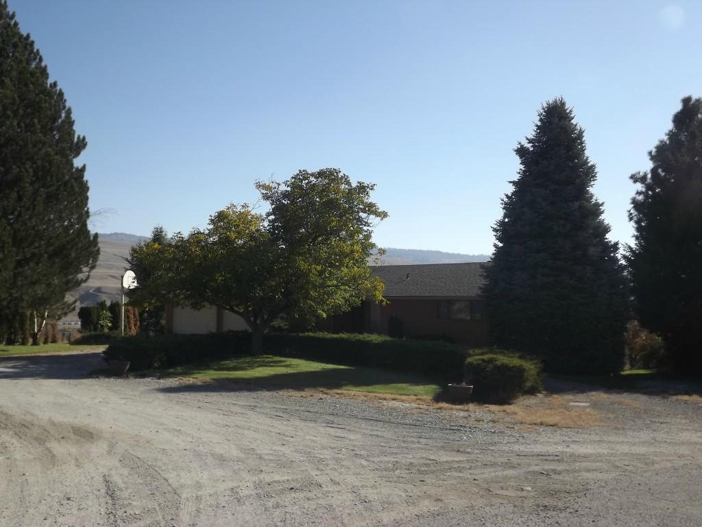 8 Vin Mar Lane, Okanogan, WA 98840