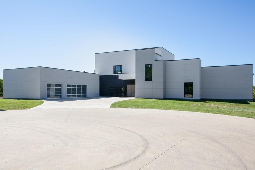 8 Eagles Aerie Court, Hickory Creek, TX 75065