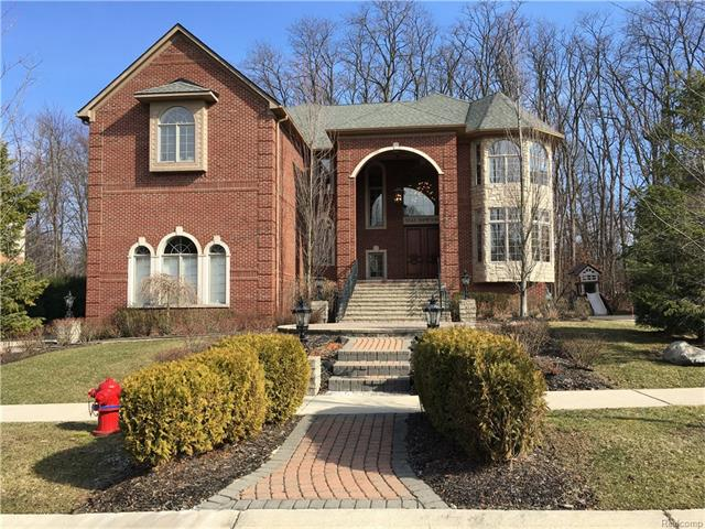 5543 HAMPSHIRE DR, West Bloomfield Twp, MI 48322
