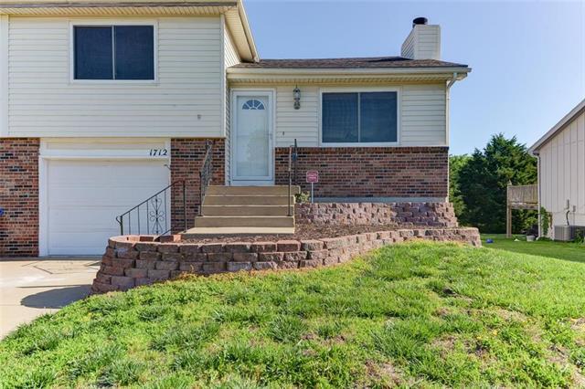 1712 W Prairie Street, Olathe, KS 66061