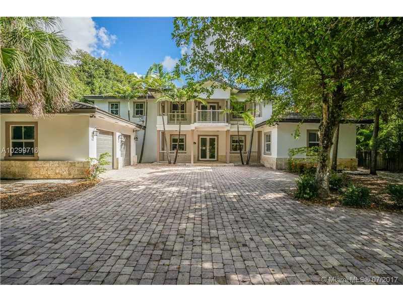 6425 SW 84th St, Miami, FL 33143