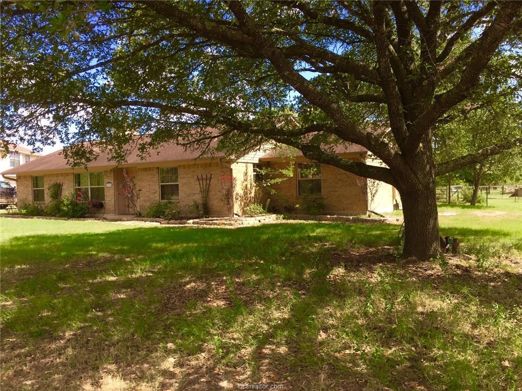 8320 Grassbur Road, Bryan, TX 77808