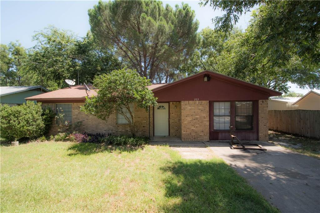 203 Pecan Street, Tolar, TX 76476