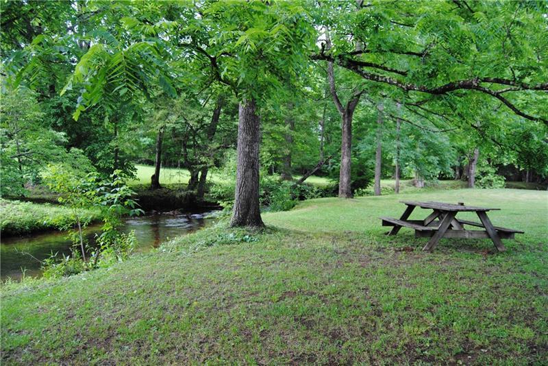 535 Nicholson Trail, Hiawassee, GA 30546