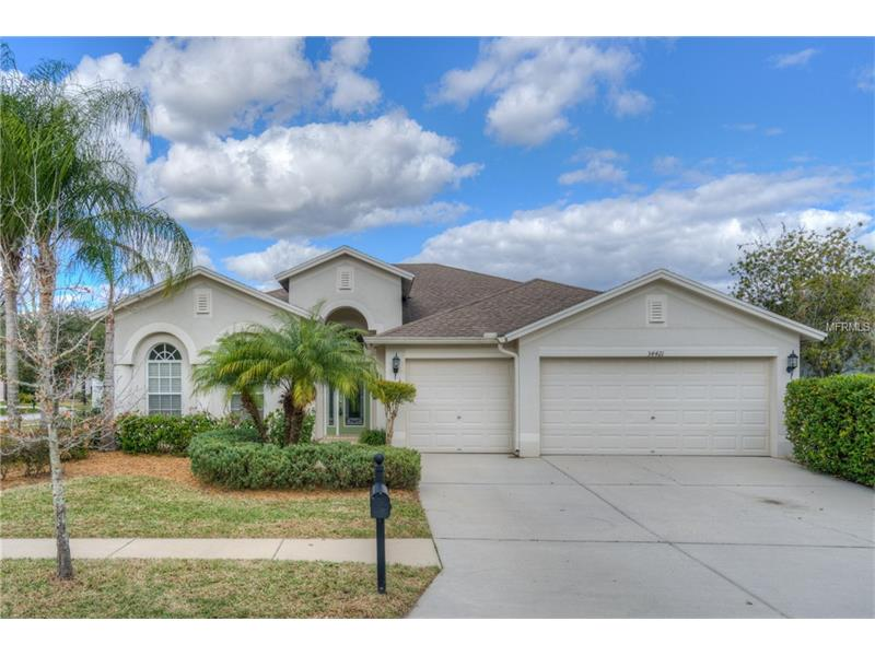 BACK on MARKET! OUTSTANDING VALUE in Oak Creek  BUYER FINANCING fell through~Here's your chance to own this MOVE IN READY 4 BR + den/office, 3 BATH, 3 CAR GARAGE home located on a corner lot in popular Oak Creek in Wesley Chapel. This one level home features a formal living & dining room, bright family room, and a split bedroom floorplan. Kitchen features granite countertops, 42