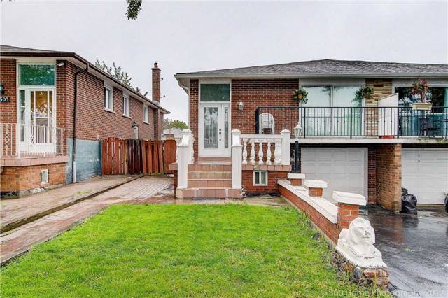 3307 Chipley Cres, Mississauga, ON L4T 2E3