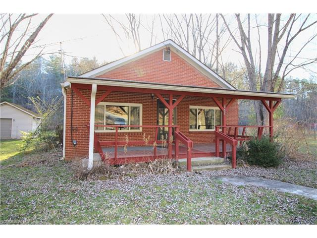A great opportunity and solid home located on Fairvew/Fletcher line, within the Reynolds school district. Very scenic area and within 1 mile of Cane Creek Road!!