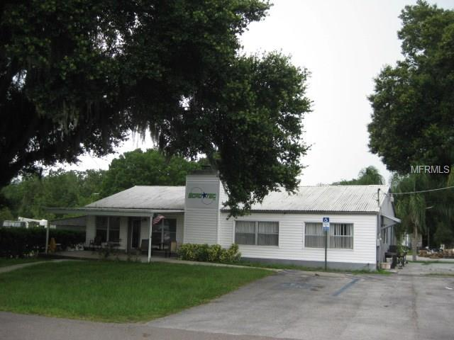 2402 W BAKER STREET, PLANT CITY, FL 33563