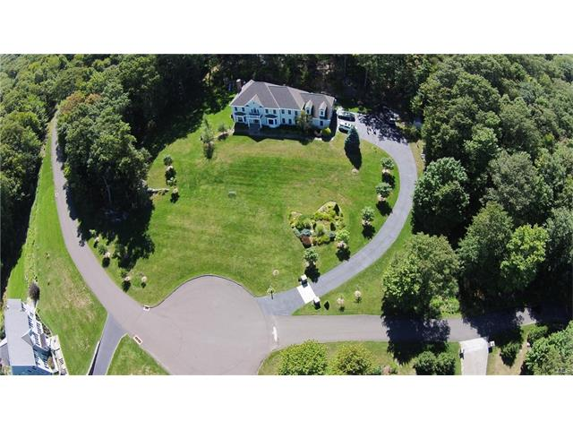 Additional photo for property listing at 64 Chelsea Place  Ridgefield, Connecticut,06877 United States