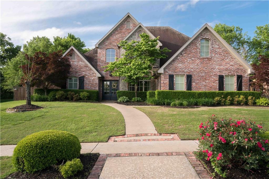 3847 Chatsworth RD, Fayetteville, AR 72703
