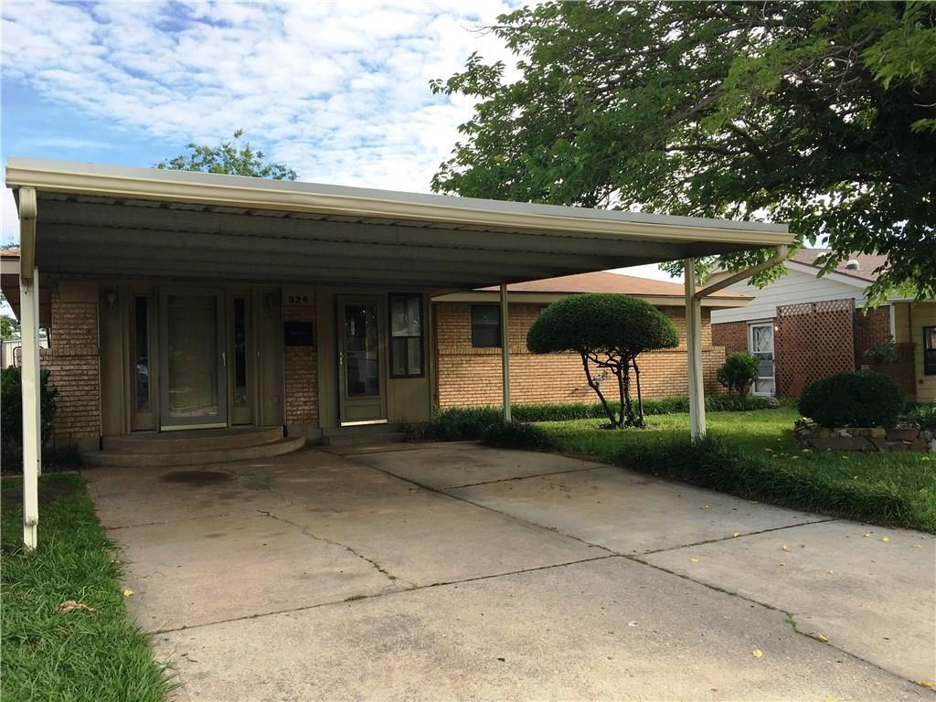 825 N Arnold Avenue, Moore, OK 73160