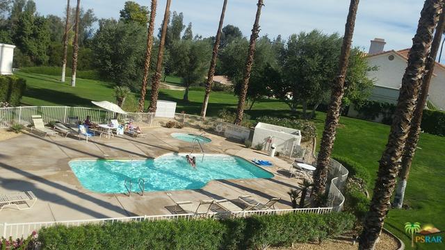 612 Vista Lago Circle, Palm Desert, CA 92211