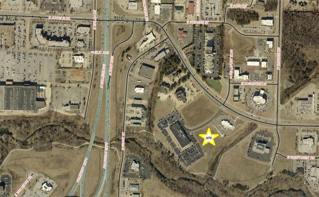 Joyce Blvd E, Fayetteville, AR 72703