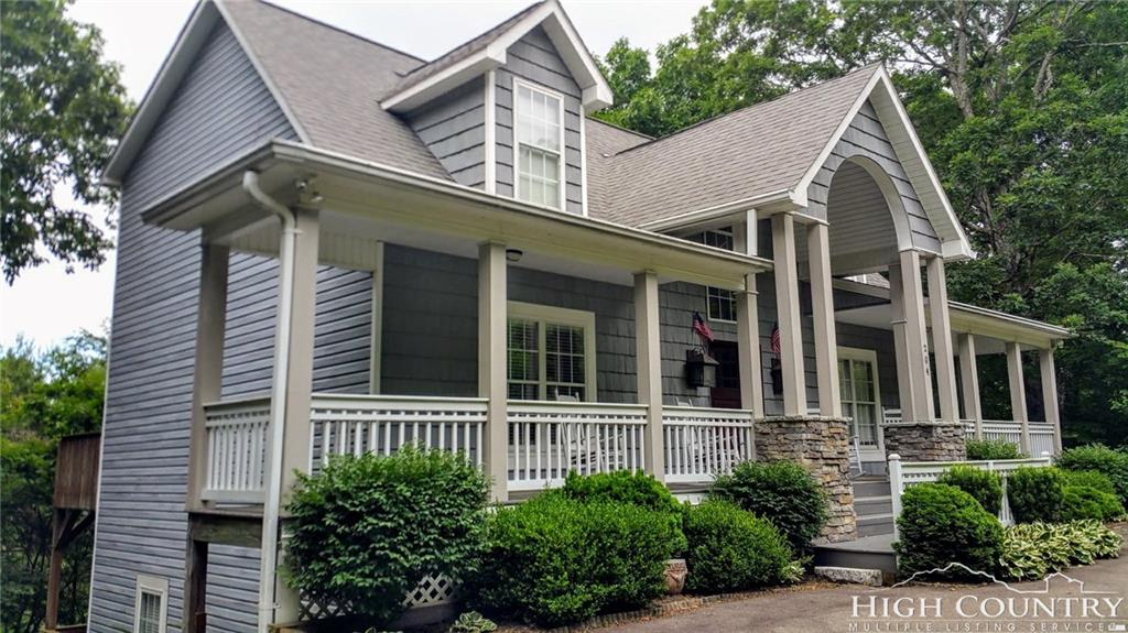 204 Green Hill Woods Road, Blowing Rock, NC 28605