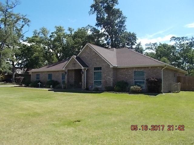 206 Live Oak, Bridge City, TX 77611