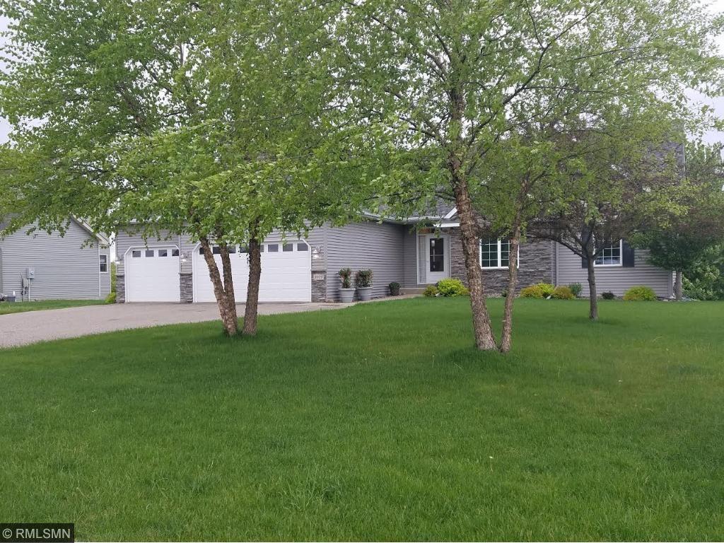1009 Willow Creek Drive SE, Lonsdale, MN 55046