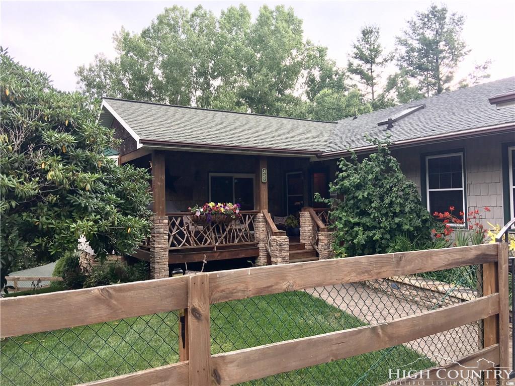 357 Dogwood Road, Banner Elk, NC 28604